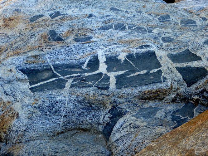 Santiago Waterfall Rock Formation